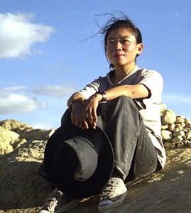 Tsering Woeser, 2002 in Tibet (Copyright © 1998-2009, RFA. Used with the permission of Radio Free Asia, http://www.rfa.org)