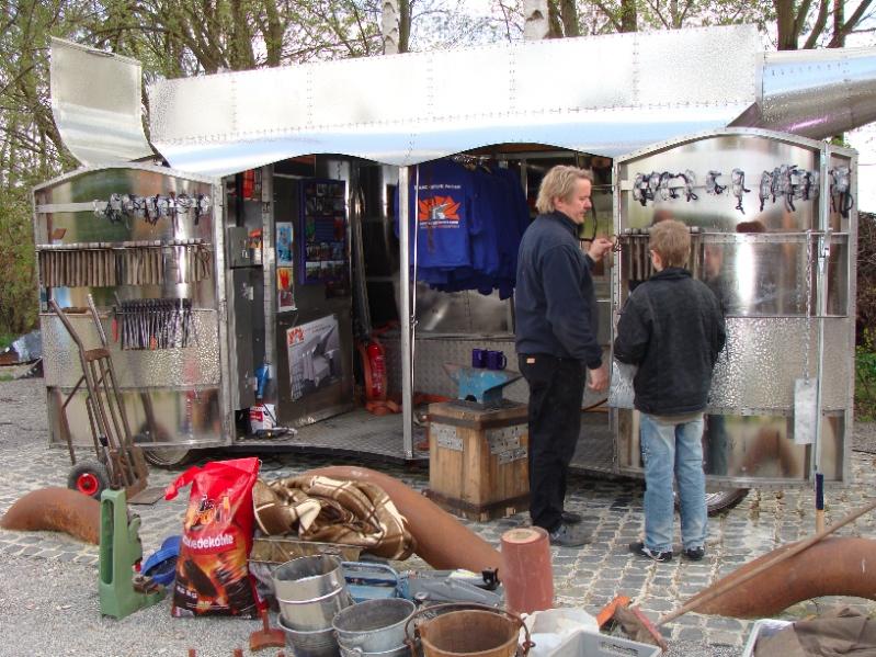 Das Mobile Schmiedelabor, erfunden von Andreas Rimkus, gefördert von der UNESCO. (Foto: Birte Vogel)